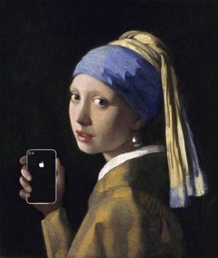 """""""Girl with a pearl earring and an iPhone"""" (""""La ragazza con l'orecchino di perla e l'iPhone"""") da La ragazza con l'orecchino di perla di Johannes Vermeer, 1665"""