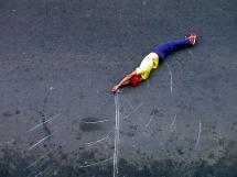 Robin Rhode, Street Gym, 2004