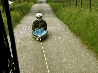 Roman signer, Kayak, 2000