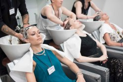 Green Inspiration Fashion News Magazine Chic Zone Accademia loreal (4)
